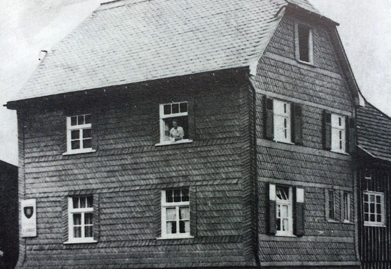 02_historie-1931